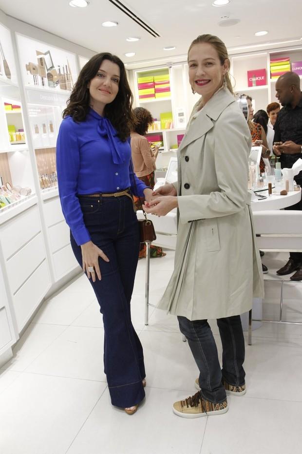 Larissa Maciel e Luana Piovani (Foto: Marcos Ferreira / Brasil News)