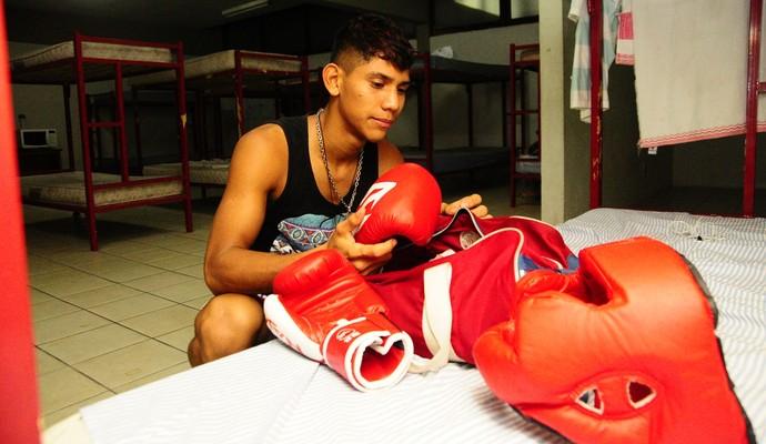 Jovens saíram do interior do Amazonas para tentar a vida no esporte (Foto: Mauro Neto/Sejel)