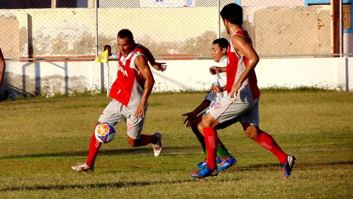 Potiguar de Mossoró - jogo-treino contra a seleção de Baraúna - jogadores (Foto: Marcelo Diaz/Divulgação)