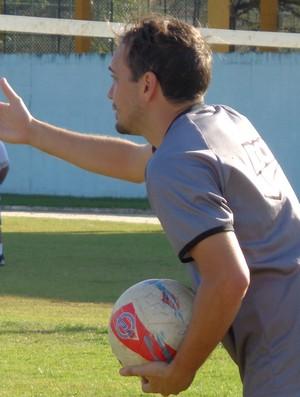 Marcelo Régis está disposto a torcer contra rivais (Foto: Diego Gavazzi/TV Rio Sul)