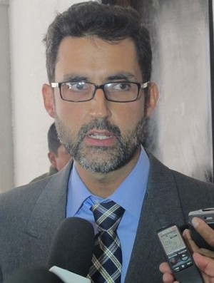Eduardo Saboia - ministro conselheiro da Embaixada do Brasil na Bolívia (Foto: Diego Ribeiro / globoesporte.com)