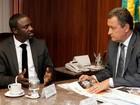 Rapper Akon vai implantar projeto de  energia solar no bairro da Liberdade