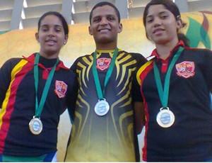 Ismael Silva, Andreza Miranda e Emanuelly Mendes (Foto: Reprodução/ Facebook)