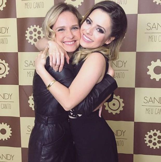 Fernanda Rodrigues e Sandy no camarim do Vivo Rio (Foto: Reprodução/Instagram)