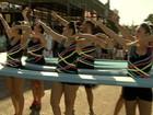 Foliões fazem 'apresentação' de nado sincronizado no carnaval de Fortaleza