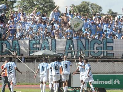 Maringá x Londrina no Estádio Willie Davids (Foto: Divulgação/Ivan Amorin)