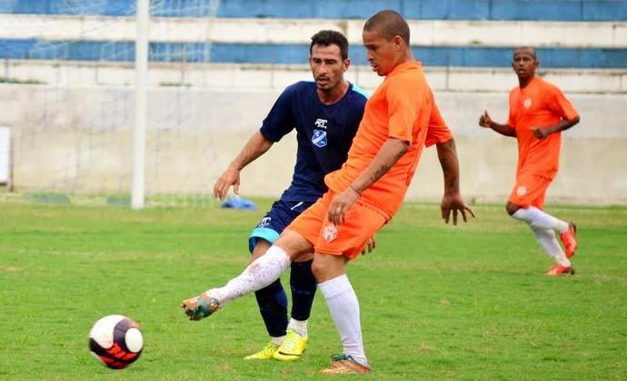 EC Taubaté x Atibaia - Jogo-treino (Foto: Danilo Sardinha/GloboEsporte.com)