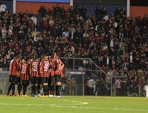 Time do Atlético-PR (Foto: Site oficial do Atlético-PR/Divulgação)
