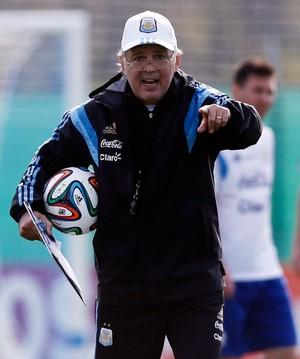 Alejandro Sabella treino Argentina (Foto: REUTERS)