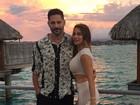 Sofia Vergara posa de vestido justinho para o marido, Joe Manganiello