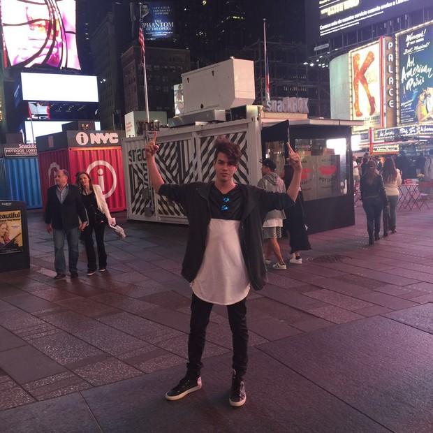 Sam Alves grava nos Estados Unidos (Foto: Reprodução/Instagram)