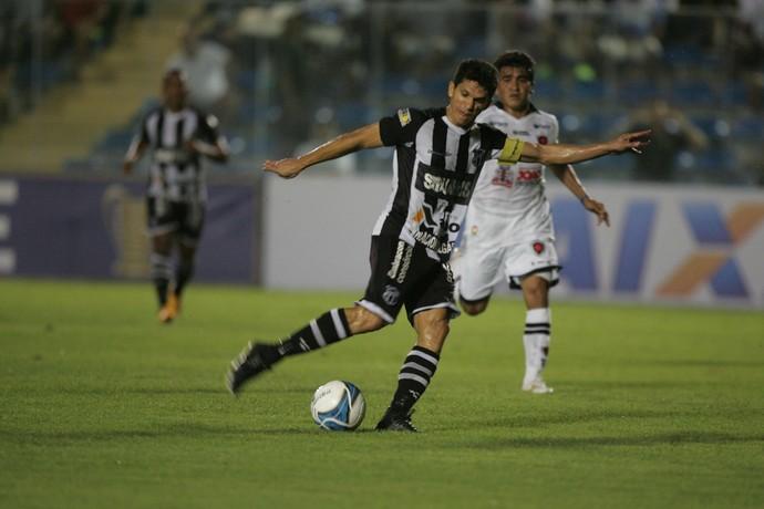 Magno Alves Ceará x Botafogo-PB Copa do Nordeste PV (Foto: Kiko Silva/Agência Diário)