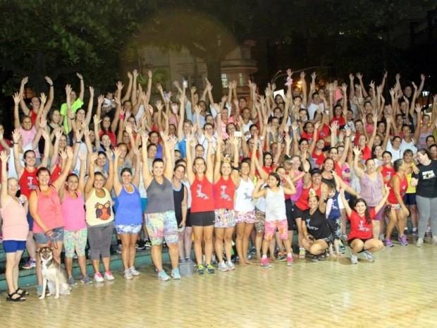 Mais de 150 mulheres participam do projeto em Santos, SP (Foto: Lia Savaris/Arquivo Pessoal)