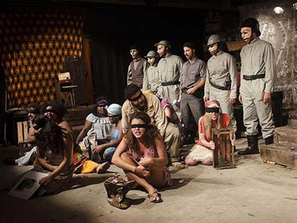 Espetáculo 'Bandeira de Retalhos' conta a história do Vidigal (Foto: Ricardo Gama)