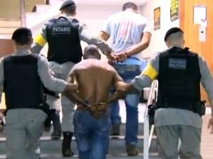 Suspeito de estupro preso em Porto Alegre (Foto: Reprodução/RBS TV)