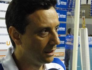vôlei Jarbas Soares, técnico do Minas  (Foto: Léo Simonini / Globoesporte.com)