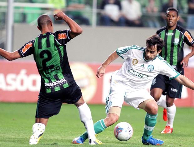 Valdivia Palmeiras e América-mg (Foto: Paulo Fonseca / Futura Press)