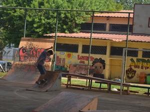 Casa do Hip Hop é um dos exemplos positivos em centros comunitários  (Foto: Thomaz Fernandes/G1)