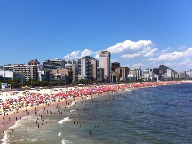 Praia do Leblon (Foto: José Raphael Berrêdo/G1)