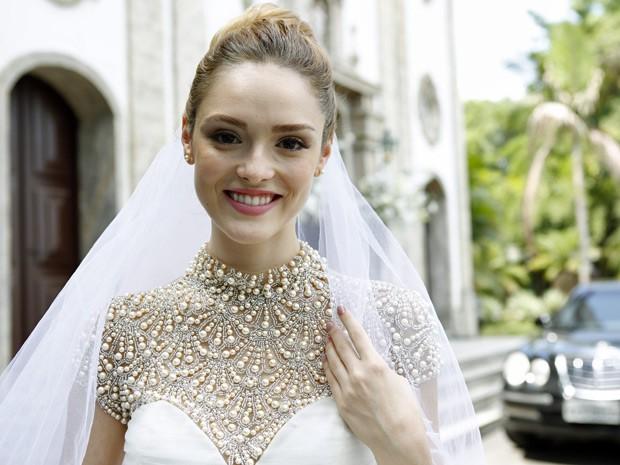 Loira revela que, na vida real, pensa em ter um casamento pequeno, com poucas pessoas (Foto: Ellen Soares/Gshow)