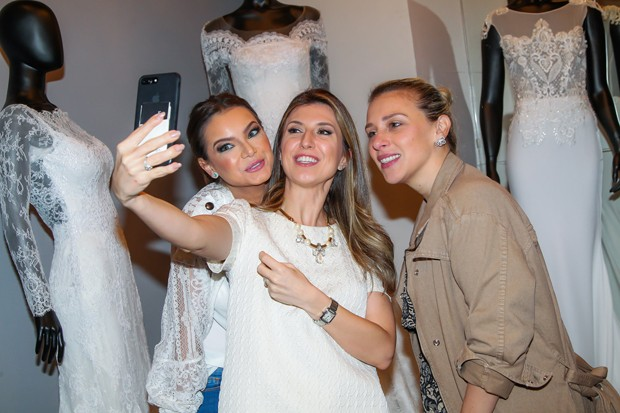 Milena Toscano, Constance Zahn e Lethicia Brostein (Foto: Manuela Scarpa/Brazil News)