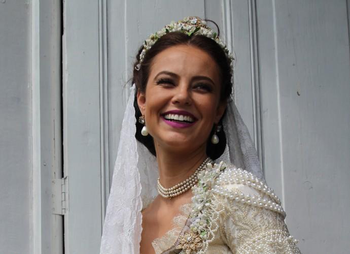 Melissa é bela em qualquer look, mas ficou deslubrante de noiva (Foto: Inácio Moraes/GShow)