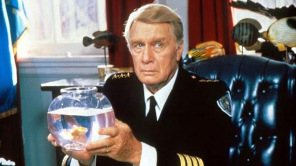 George Gaynes em 'Loucademia de Polícia' (Foto: Divulgação)