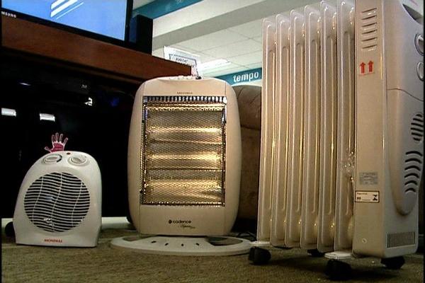Veja os cuidados com os aquecedores, lareiras e ar-condicionado (Foto: Reprodução, RBS TV)
