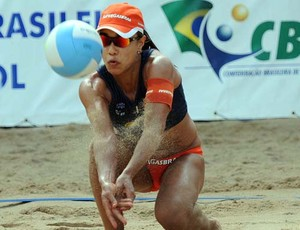 Juliana, jogadora de vôlei de praia (Foto: Mauricio Kaye/CBV)