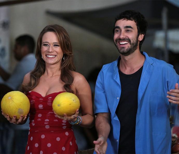 Tancinha e Leozinho assistem orgulhosos à Fedora (Foto: Isabella Pinheiro/Gshow)