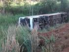 Acidente deixa 27 feridos em ônibus da São Geraldo no ES