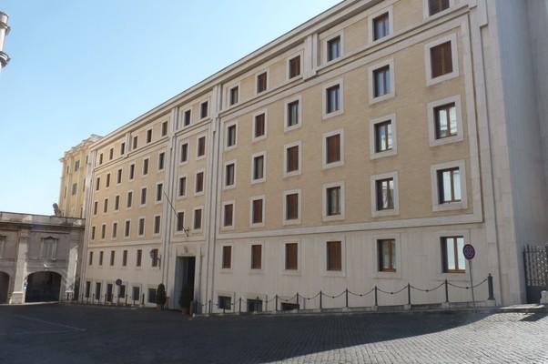 Residência Santa Marta, a casa onde 117 cardeais se reunirão em conclave para eleger o sucessor de Bento XVI  (Foto: Alba Santandreu/EFE)