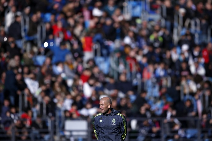 Zidane no primeiro treino Real Madrid (Foto: Reuters)