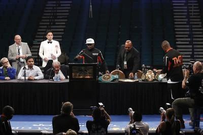 Floyd Mayweather em coletiva pós luta com Pacquiao (Foto: Evelyn Rodrigues)