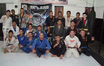 Academia de jiu-jítsu do AM faz torneio interno e graduação, neste sábado