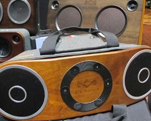 Caixa conectada sem fio pela tecnologia Bluetooth da House of Marley (Foto: Daniela Braun/G1)