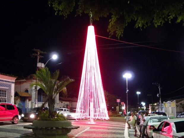 luminação de Natal em São Pedro da Aldeia, RJ (Foto: César Valente)