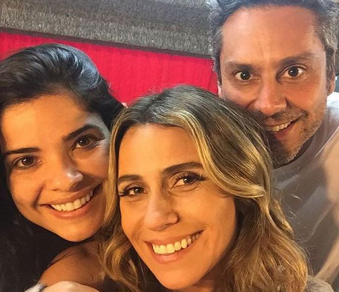 Vanessa Giácomo diz que se diverte com as cenas de Tóia, Atena e Romero (Foto: Arquivo pessoal)