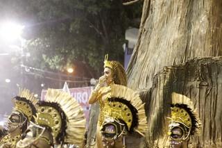 Juliana Paes na Sapucaí (Foto: Marcos Serra Lima / EGO)
