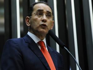 O deputado federal João Paulo Cunha, ao se defender das condenações no mensalão na Câmara (Foto: Lucio Bernardo Jr./Câmara)