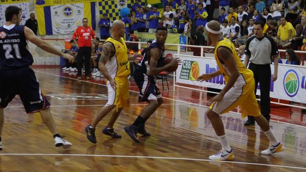 NBB - São José x LSB Liga Sorocabana (Foto: Antonio Basílio/PMSJC)