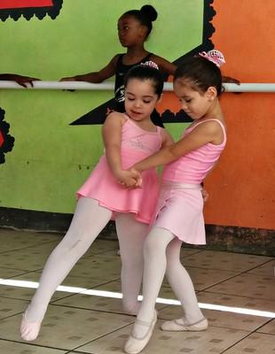 EuAtleta - balé projeto social (Foto: Renata Domingues)