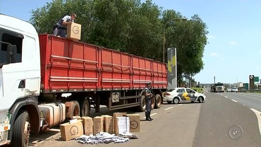 Polícia Rodoviária apreende carreta com cigarros em rodovia de Guarantã