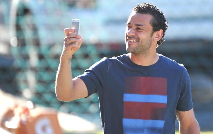 Fred chega a Laranjeiras Fluminense (Foto: Moysés Ferman / Foto Flu)