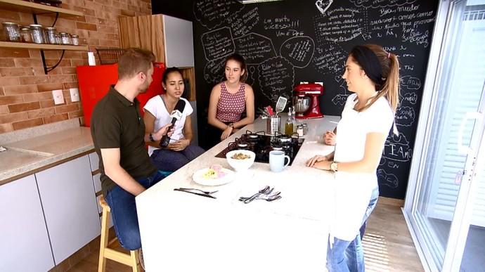 Rafael Ristow visitou espaço de aulas de gastronomia saudável (Foto: reprodução EPTV)