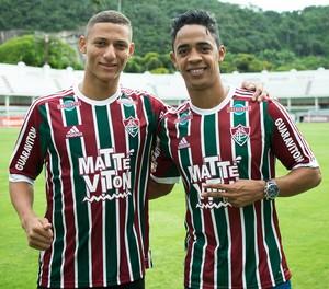 richarlison fluminense felipe amorim apresentação (Foto: Bruno Haddad / FluminenseFC)