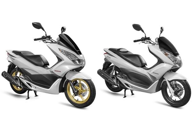 Novo Honda PCX 2016 e antigo PCX 2015 (Foto: Divulgação)