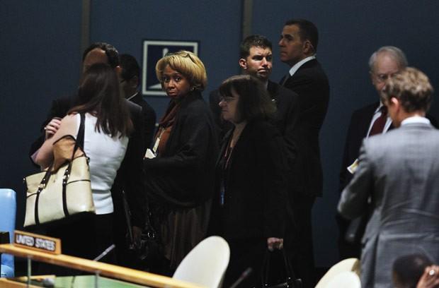 Delegação americana deixa a assembleia antes do discurso de Mahmud Ahmadinejad nesta quarta-feira (26) na sede da ONU, em Nova York (Foto: AFP)