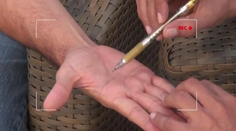 O especialista explica a Timbó a diferença entre quiromancia e quirologia (Foto: Divulgação)