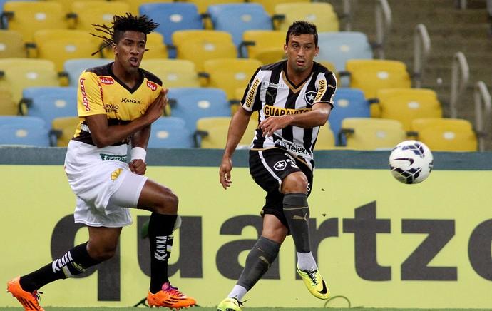 bruno cortez edilson Botafogo x Criciuma (Foto: Vitor Silva / SSPress)